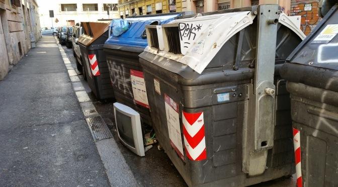 Via Bixio non solo discarica a cielo aperto ma centro operativo smaltimento rifiuti speciali