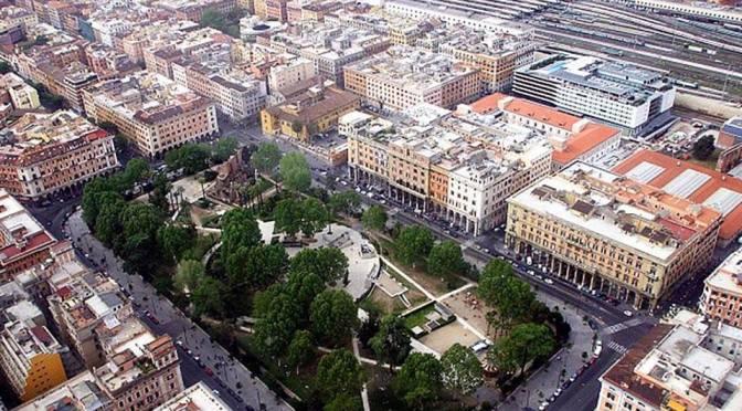 31 marzo 2017 L'Orchestra di Piazza Vittorio torna a Piazza Vittorio