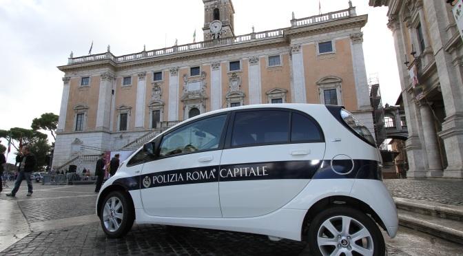 Insulti sui Social, da oggi tolleranza zero della Polizia di Roma Capitale