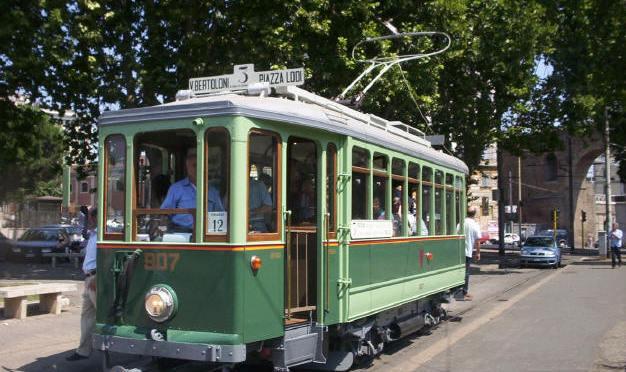 30 aprile 2017: Torna il tram storico 907 a Porta Maggiore