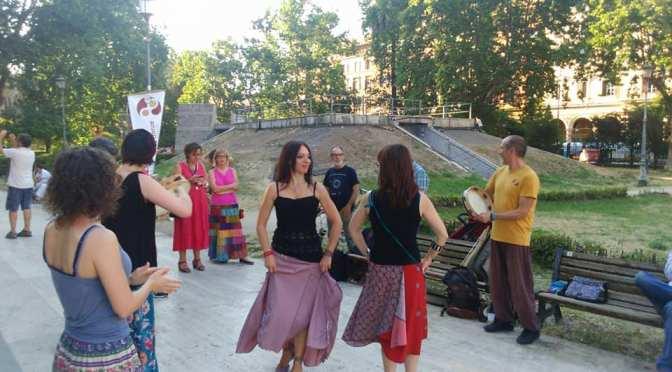 La grande famiglia de Le Danze di Piazza Vittorio