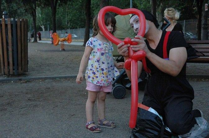 """5 luglio 2017 """"Mercoledì da bambino"""" al Parco di via Carlo Felice. Al termine esibizione del mimo Sasha Aleksovski"""
