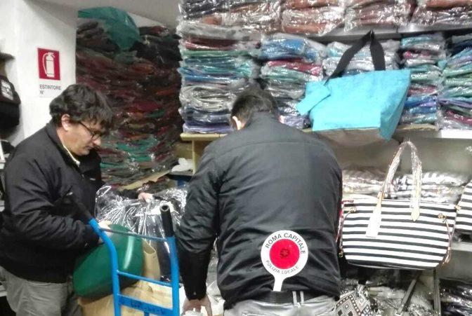 16 febbraio 2016 Esquilino, Polizia Locale scopre deposito di borse contraffatte