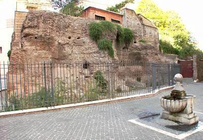 resti-tempio-iside-roma