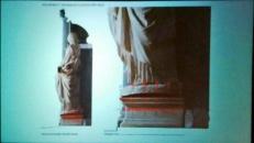 Figura 5: Fessure che evidenziano fratture del marmo che compostavano una errata inclinazione della statua