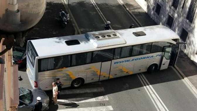 """Comunicato stampa della rete """"Motus"""" sul problema dei bus turistici nel Centro di Roma"""