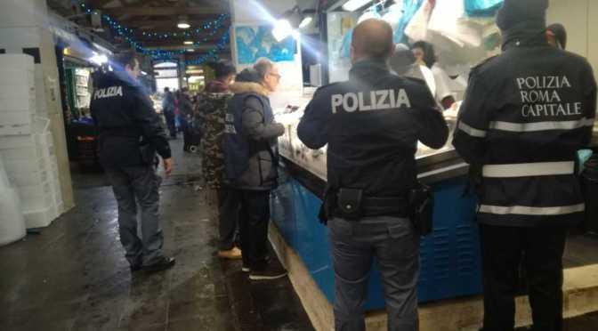 Esquilino: blitz al mercato rionale. Oltre 130 kg di merci sequestrate ed elevate 30.000 euro di sanzioni