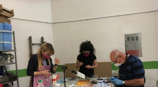Celebrando il Laboratorio di Mosaico del Centro Anziani Esquilino