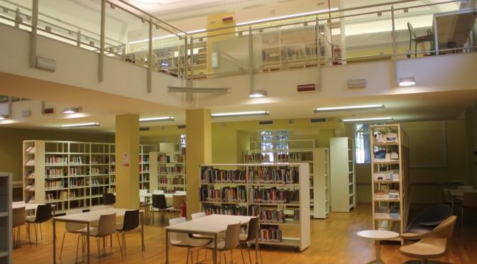 """DPCM 3 novembre 2020: I libri sono """"beni essenziali"""" e le biblioteche chiudono?"""
