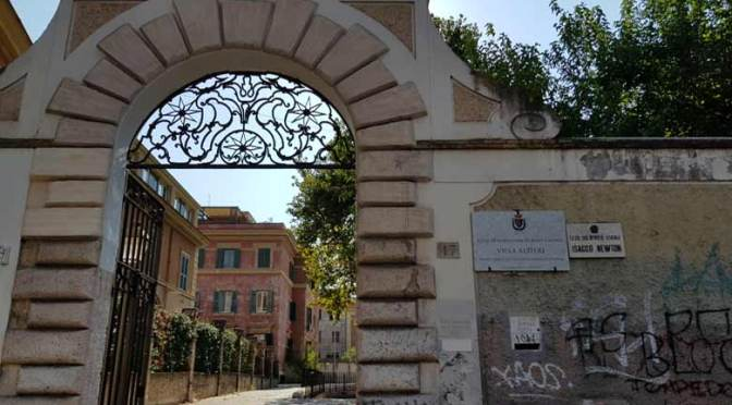 Intervista del TG3 Lazio a dirigenti, docenti e collaboratori scolastici del Liceo Scientifico Isacco Newton
