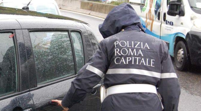 Maltempo, Polizia Locale interviene a sostegno delle persone bisognose.